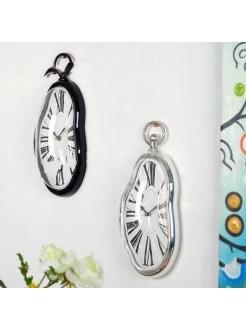Часы Дали стекающие настенные