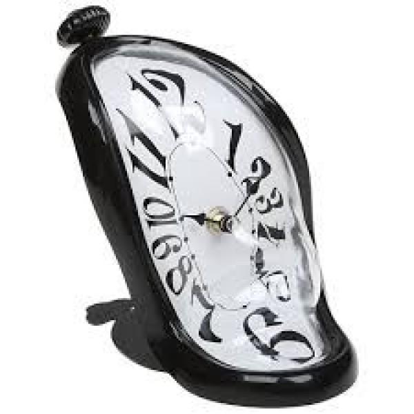 Часы Дали Стекающие настольные