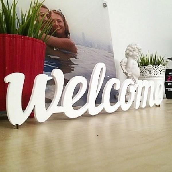 Декоративное слово Welcome