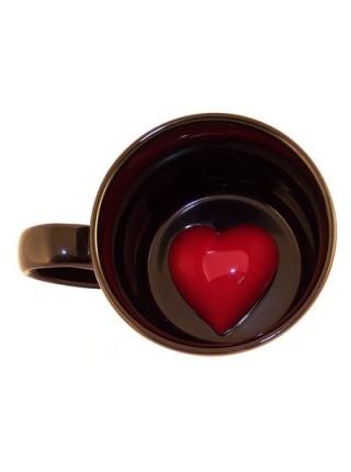 Кружка с сердечком на дне